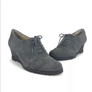 Ellen Tracy Tobin Wing Tip Wedge Style Lace Up